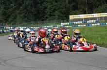 Start der Bambini mit Doppelsieger Gianni Janzik (44) auf der Pole-Position